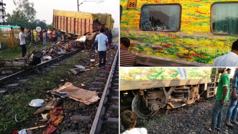 रेल्वे क्रॉसिंग तोडून ट्रकची राजधानी एक्सप्रेसला धडक ; ड्रायव्हरचा मृत्यू