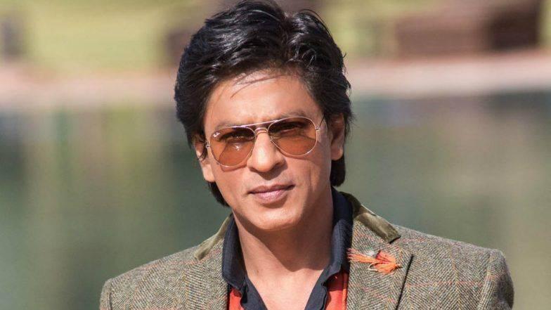 किंग खानच्या वाढदिवसानिमित्त जोरदार तयारी सुरु; असा सजला शाहरुखचा अलिशान 'मन्नत'