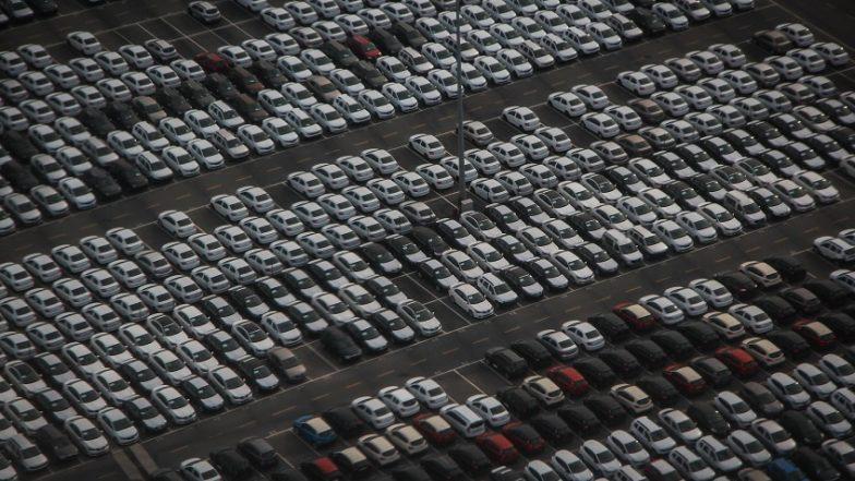पाकिस्तानच्या माजी न्यायाधीशांंकडे 2224 गाड्या, नागरिक पडले बुचकळ्यात