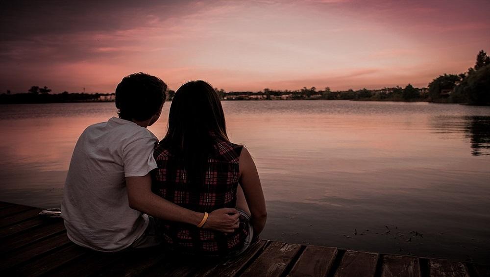 Live-In Relationship मधील कटकटीमुळे त्रस्त? लग्नाआधी एकत्र राहताना 'या' गोष्टींची काळजी घ्यायलाच हवी