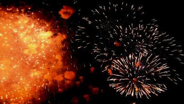 Diwali 2018 :  फटाके फोडताना घ्या 'ही' काळजी ; साजरी करा safe दिवाळी