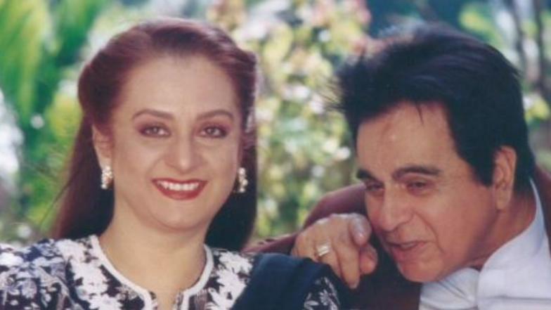 दिलीप कुमार - सायरा बानूंच्या 52 व्या लग्नाच्या वाढदिवसानिमित्त शेअर करण्यात आला खास फोटो
