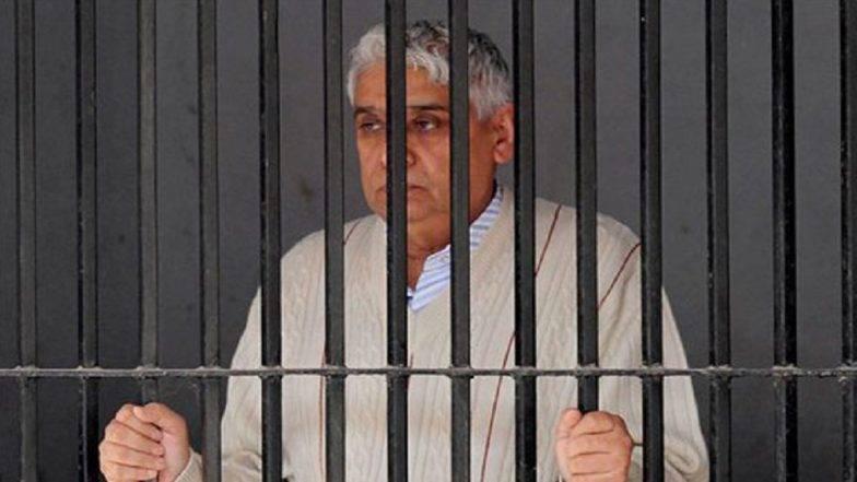 स्वयंघोषित संत 'बाबा रामपाल'ला सुप्रीम कोर्टाचा दणका; हत्याकांड प्रकरणात ठरवले दोषी
