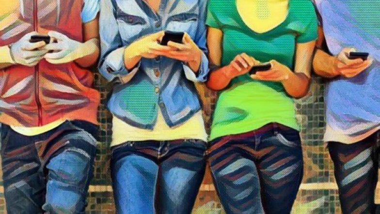 डीप्रेशन: तरुणाईला सोसवेना 'सोशल मीडिया'चा भार; अनेक वेडेपीसे, काहींवर उपचार सुरु