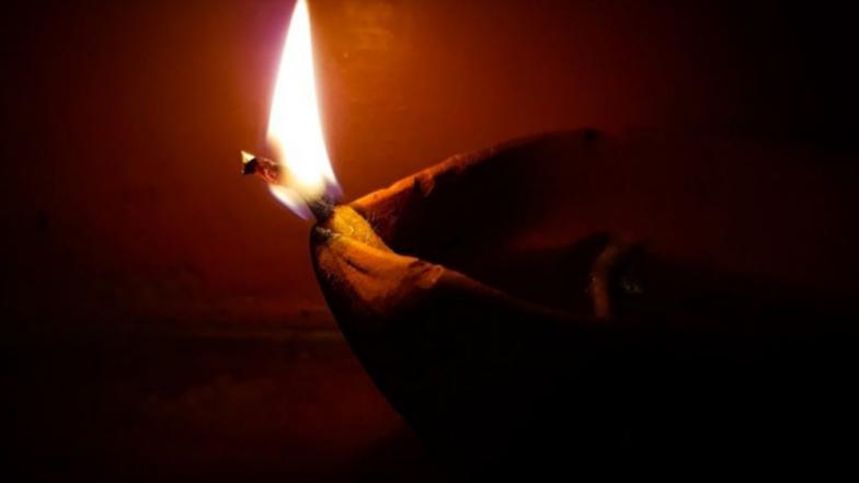 Diwali 2018 : दीर्घायुष्यासाठी धनतेरसच्या दिवशी यमदीपदान  का केले  जाते ?