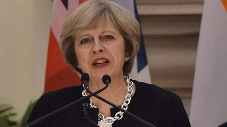 Brexit करार मसुद्यावरून पंतप्रधान थेरेसा मे अडचणीत, 2 मंत्र्यांचे राजीनामे