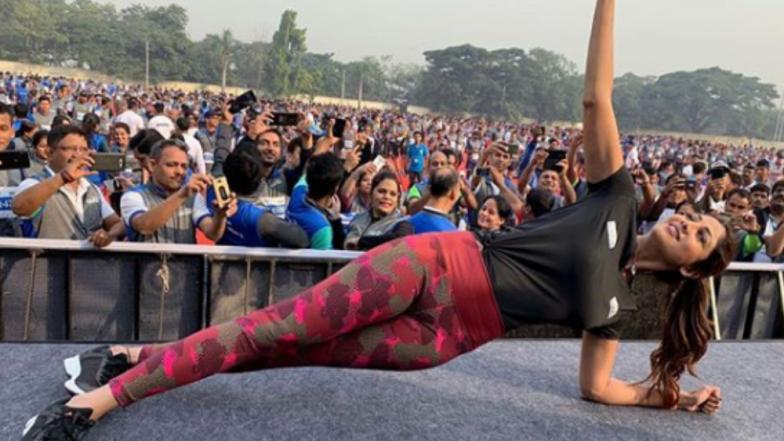 Guinness World Record : दोन हजारपेक्षा जास्त लोकांचा साठ सेकंद प्लँकचा विक्रम; शिल्पा शेट्टीने केले नेतृत्व