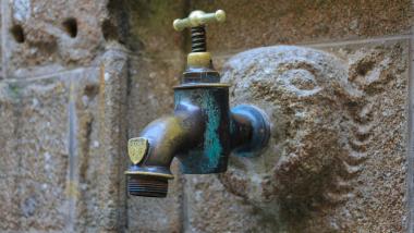मुंबईकरांवर लवकरच पाणी कपातीचं संकट ? BMC मध्ये आज होणार निर्णय