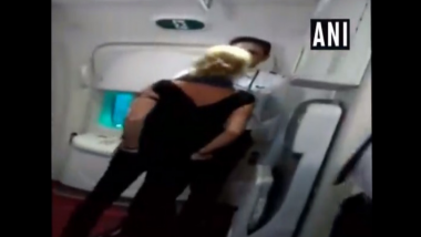 दारु न दिल्याने विमानातील कर्मचाऱ्यांना शिवीगाळ करत महिलेचा धिंगाणा; व्हिडिओ व्हायरल