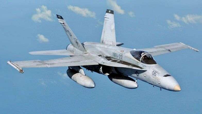 हवेत इंधन भरताना दोन अमेरिकन विमानांची टक्कर; सात नौसैनिक बेपत्ता