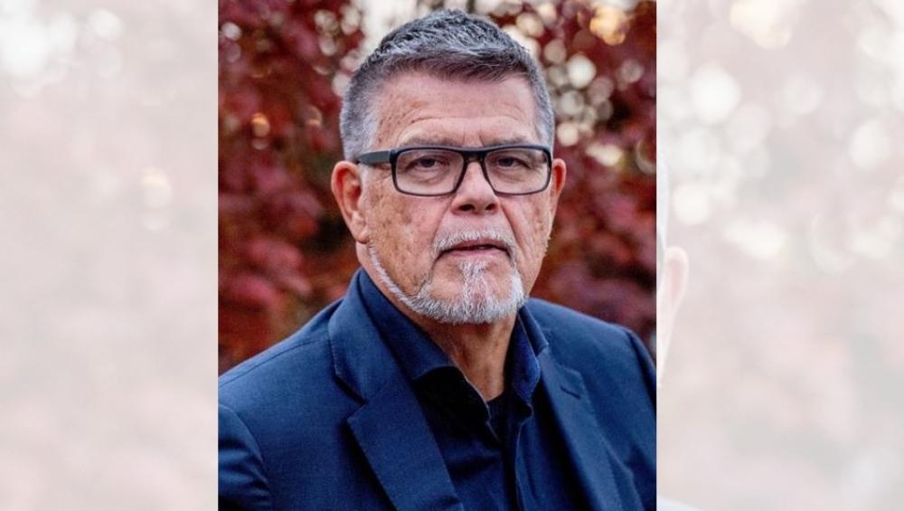69 वर्षाचे आजोबा म्हणातायत वय कमी करा, न्यायालयात याचिका दाखल