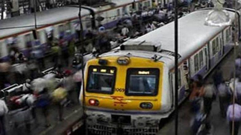 मुंबई: छत्रपती शिवाजी महाराज टर्मिनसहून वडाळाकडे जाणारी हार्बर लाइन सेवा पुन्हा सुरू
