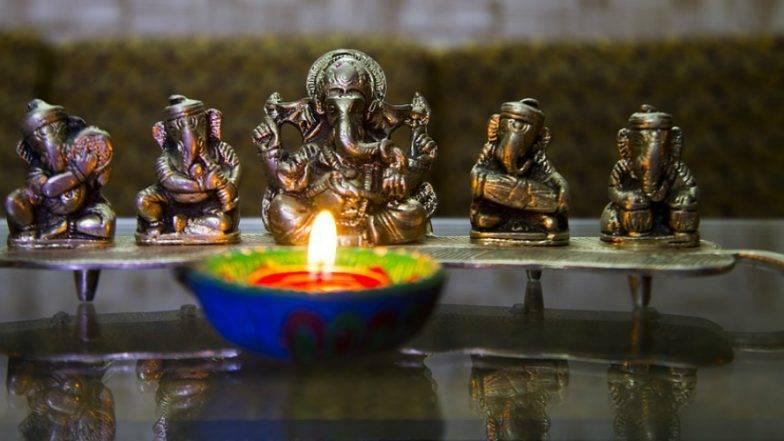 Ganesh Chaturthi 2019 Muhurat : गणेशाची पूजा कशी केली जाते, याची माहिती आहे का? मग जाणून घ्या गणेशोत्सवातील पूजा, महूर्त आणि महत्व