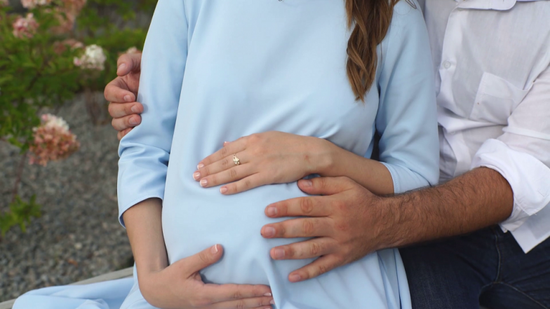 Pregnancy च्या वेळी महिलांनी Diet वर खास लक्ष द्या!