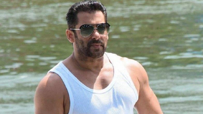 Salman Khanच्या चाहत्यांना त्याच्या Birthday दिवशी 'या' Return Gifts ची अपेक्षा!
