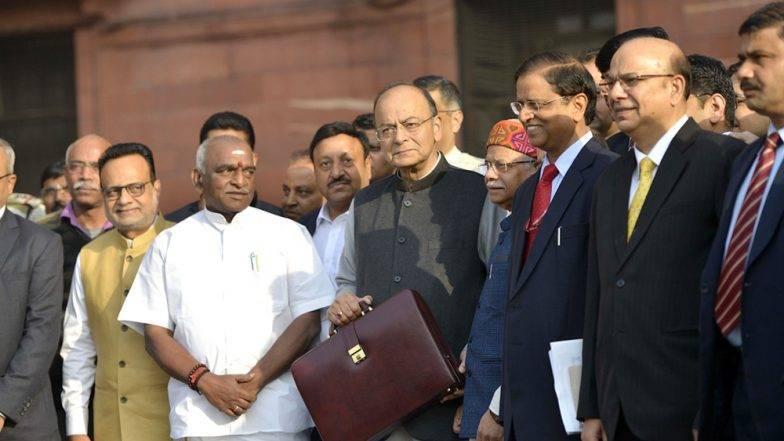 Budget 2019 : मोदी सरकारकडून मध्यमवर्गीयांना मिळू शकते ही भेट; जाणून घ्या काय असेल अर्थसंकल्पाचे वैशिष्ठ्य