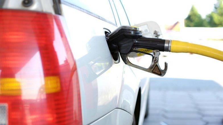 पेट्रोल - डिझेलचा महाघोटाळा : पाईपलाईन फोडून चोरले लाखो रुपयांचे इंधन
