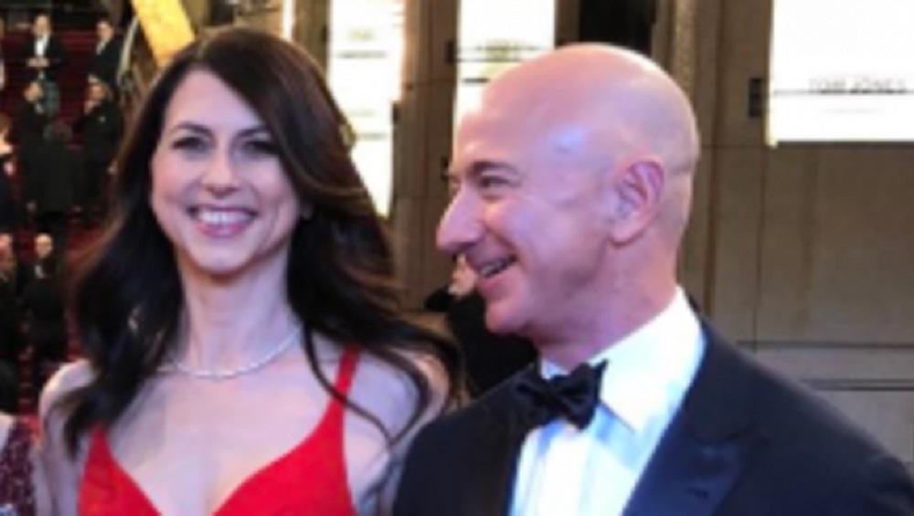 'अॅमेझॉन'चे संस्थापक Jeff Bezos यांचा घटस्फोट; 25 वर्षांचा संसार मोडीत