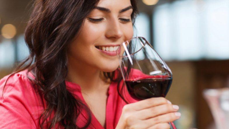 स्किनसाठी फायदेशीर Red Wine, चेहऱ्यावर 'या' पद्धतीने करा उपयोग