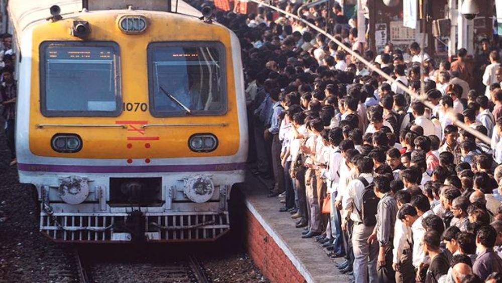 Mumbai Western Railway Mega Block: आज पश्चिम रेल्वेचा 11 तासांचा मेगाब्लॉक, रात्री 9.44 ला सुटणार शेवटची लोकल