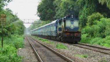 आता चालत्या ट्रेनमध्येही घ्या 'शॉपिंग'चा आनंद; रेल्वेमंत्री पियुष गोयल यांचे खास ट्विट