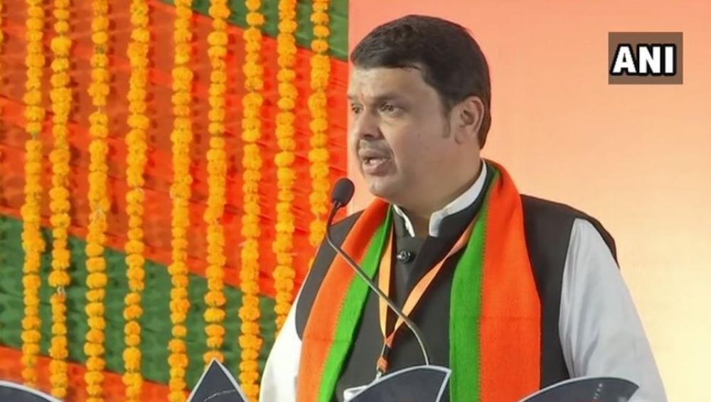 युतीसाठी भारतीय जनता पक्ष लाचार नाही - मुख्यमंत्री देवेंद्र फडणवीस यांचा शिवसेनेला इशारा