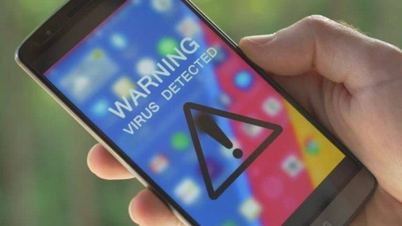 Alert! गूगल प्ले स्टोअरवरील 'या' अॅपमुळे 10 करोड अॅन्ड्रॉईड युजर्सवर  Data Theft चं सावट