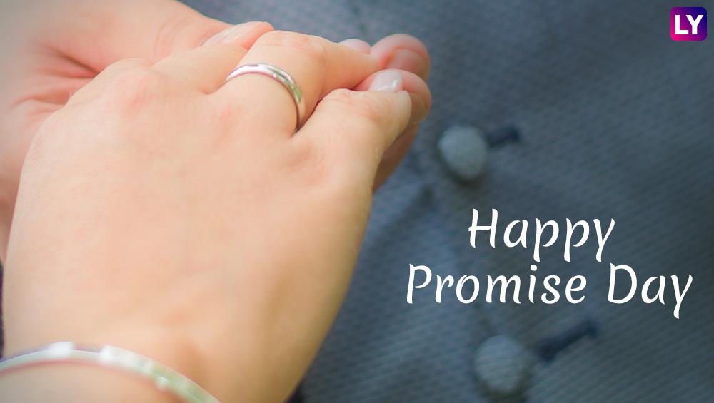 Happy Promise Day 2019: 'प्रॉमिस डे'च्या दिवशी आयुष्यभर साथ निभावण्याचे वचन जरुर द्या, पण या WhatsApp Stickers, SMS, Facebook Greetings पाठवून प्रियकराला आनंदित करा