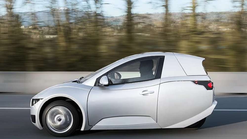 पेट्रोल, डिझेल गुड बाय, आता आली सिंगल पॅसेंजर इलेक्ट्रिक कार, किंमत फक्त 11 लाख रुपये