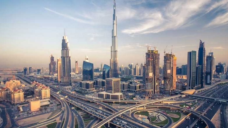 गजब! भारतीय तरुणाला दुबई येथे तब्बल 19 कोटींची लॉटरी
