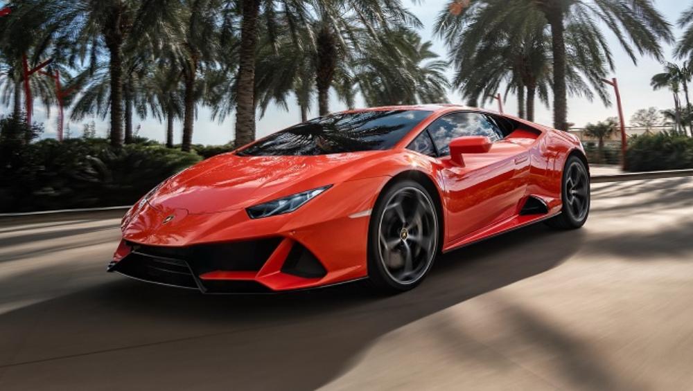 Lamborghini Huracan Evo भारतात लॉन्च; किंमत, फिचर्स जाणून घ्या