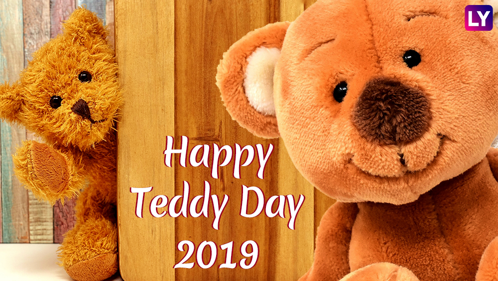 Happy Teddy Day 2019: टेडी डे' साठी खास मराठमोळी शुभेच्छापत्रे Facebook, WhatsApp Status, SMS, Greetings च्या माध्यमातून पाठवा तुमच्या प्रिय व्यक्तीला