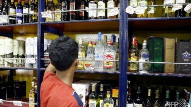 पिंपरी: दुकानात बेवड्यांचा हैदोस, मालकाच्या डोक्यात दारुच्या बॉटल्स फोडत केली मारहाण