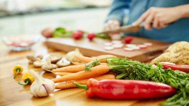 नेहमी बाहेरचे खाणे? फूड पॉयझनिंग झाल्यास हे करा उपाय व अशी घ्या काळजी