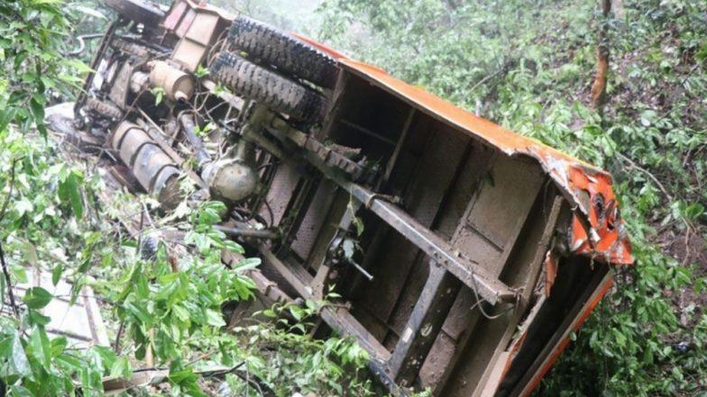 पालघर येथे झालेल्या बस अपघातातील मृतांचा आकडा वाढला, 6 जण मृत्यू तर 45 जखमी
