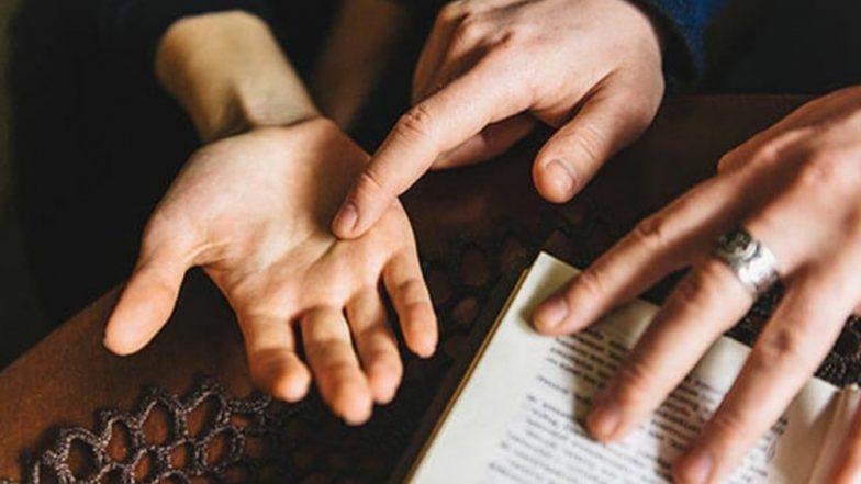 हातावरील V अक्षराचे महत्व काय आहे माहिती आहे का? जाणून घ्या