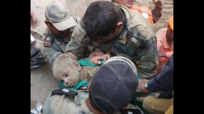 60 फुट खोल बोअरवेलमध्ये पडलेल्या 18 महिन्यांच्या मुलाची सुटका; एनडीआरएफ पथकाचे यश