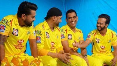 IPL 2019: चेन्नई सुपर किंग्स टीमच्या थीम सॉन्गवर थिरकले एमएस धोनी, हरभजन सिंग, केदार जाधव आणि मुरली विजय (Video)