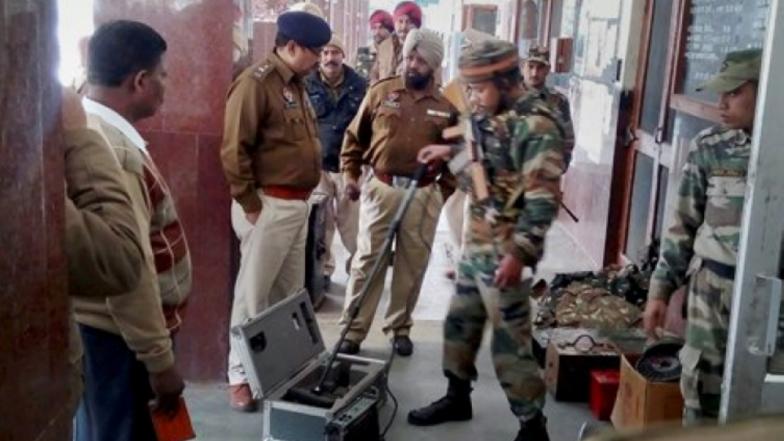 मुंबई, दिल्ली, गोवा येथे मोठा दहशतवादी हल्ला होण्याची शक्यता; गुप्तचर यंत्रणांच्या इशाऱ्यानंतर हाय अलर्ट जारी