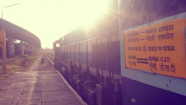 Holi 2019: CST-Mandovi Express आज होळीच्या दिवशी तीन उशिरा; वेळापत्रक कोलमडल्याने प्रवाशांचे हाल