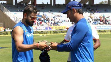 IND vs AUS 3rd ODI 2019: पुलवामा दहशतवादी हल्ल्यातील शहिदांना श्रद्धांजली देण्यासाठी भारतीय क्रिकेट संघ आर्मीची कॅप घालून मैदानात उतरणार, MS Dhoni ने केलं camouflage capsचं वाटप  (Watch Video)