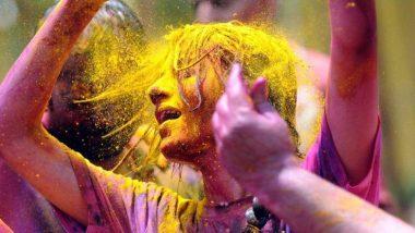 Holi 2020: होळीचे रंग त्वचा आणि केसांमधून काढण्यासाठी 'या' घरगुती पद्धतींचा करा वापर, जाणून घ्या Home Remedies