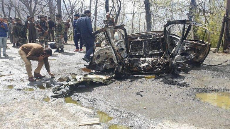 जम्मू-काश्मिर येथे महामार्गावर कारमध्ये स्फोट, सीआरपीएफच्या ताफ्यावर पुन्हा एकदा हल्ला करण्याचा कट? तपास सुरु