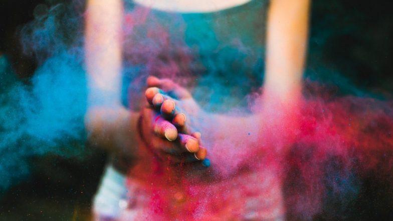 Holi First Aid Tips: होळी खेळताना रंग तोंडात, डोळ्यात गेल्यानंतर जीवावर बेतण्याआधीच काय कराल?