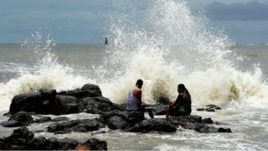 Cyclone Vayu  दरम्यान समुद्रात भरती असल्याने 12,13 जूनला मुंबई, ठाणे, कोकण परिसरातील समुद्र किनारे पर्यटकांसाठी बंद