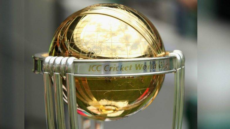 World Cup 2019: तुम्हाला जमणार नाही हे! IND vs NZ सामना लांबणीवर गेल्याने चाहत्यांनी उडवली ICC ची खिल्ली