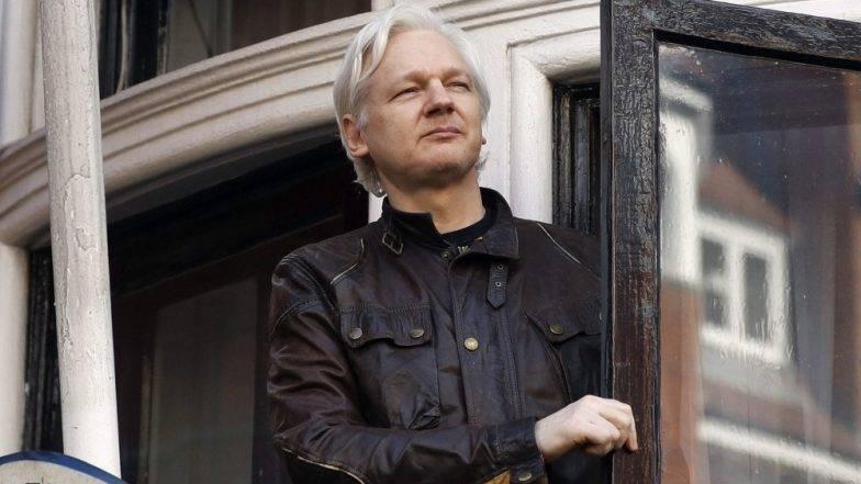 WikiLeaks संस्थापक ज्युलियन असांज यांना ब्रिटीश पोलिसांकडून अटक