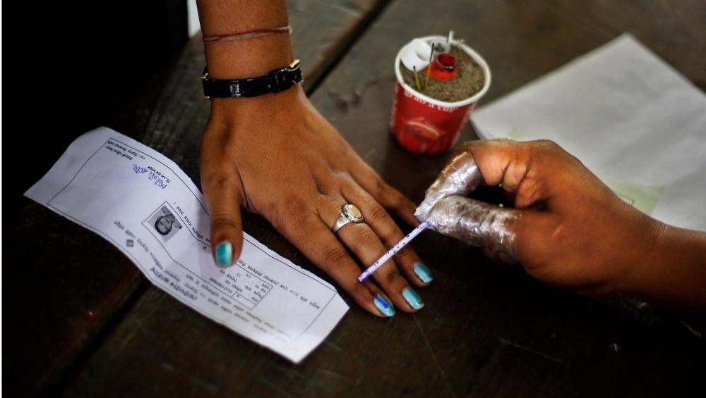 Lok Sabha Elections 2019: तृतीयपंथी महिला 11 वेळा अर्ज रद्द केल्यानंतर यंदा पहिल्यांदाच मतदानाचा हक्क बजावणार