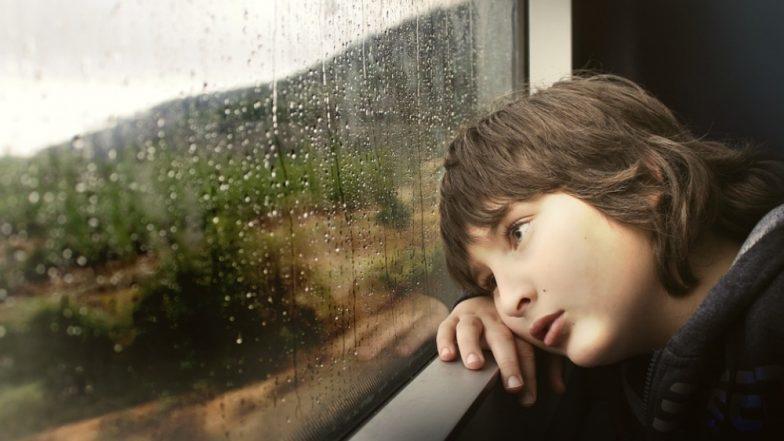 World Autism Awareness Day: जाणून घ्या काय आहे ऑटिझम आजार, त्याची लक्षणे आणि उपाय