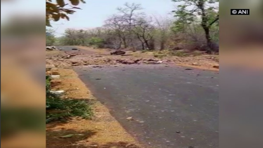 महाराष्ट्र: गडचिरोलीत नक्षलवाद्यांकडून IED स्फोट; 16 जवान शहीद